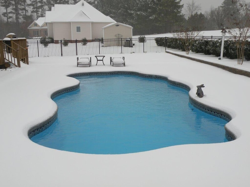 Closing pool for winter top 3 reasons why it s important - How to close your swimming pool for winter ...